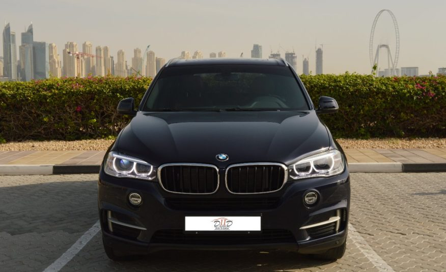 BMW X5 35i – AED 2,484/MONTH