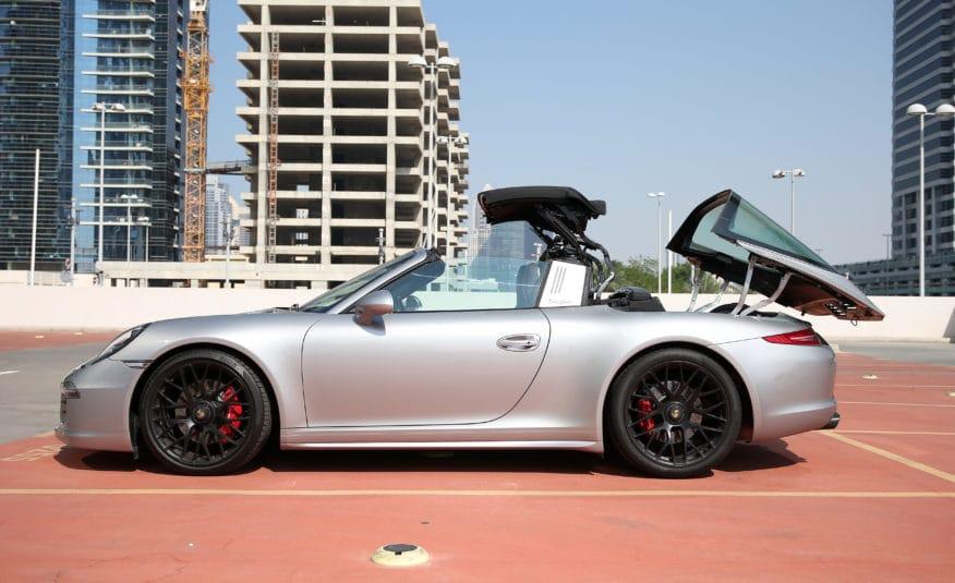 Porsche 911 Targa 4 GTS Cabriolet | AED 5,462/MONTH